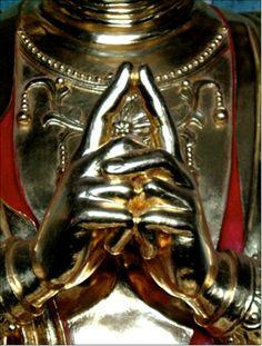 Uttarabodhi - the mudra of enlightenment.