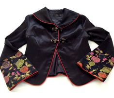 ab96529561b5 Women s Jacket Size S Oriental Chinese Cropped Black Embroidery Sleeve  Collar  fashion  clothing