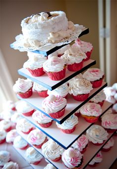 Cupcakes are a great substitute to the traditional tiered wedding cake! Photographed by Daniel Pullen Photography http://www.outerbanksweddingassoc.org/membersearch/memberpage.html?MID=1847=Photographers=16