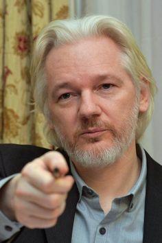 Suécia pede formalmente para Equador interrogar Assange (foto: EPA)
