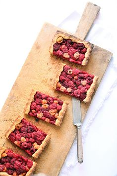 Tart with red and Yellow raspberries
