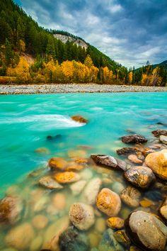 Turquoise River, Banff, Alberta, Canada photo via imawalking