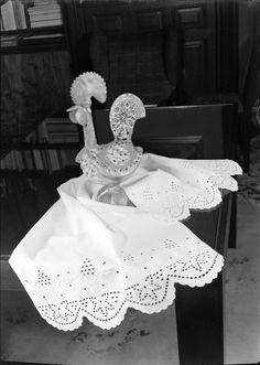 Renda. Fotografia sem data. Produzida durante a atividade do Estúdio Mário Novais: 1933-1983.  [CFT003.006165]