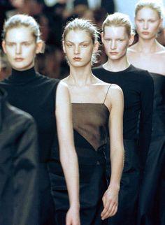 Stella Tennant, Angela Lindvall, Kirsten Owen Kirsty Hume at Calvin Klein Fall 1999.