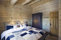 Inspirasjon | Tømmerhytter | Drømmehytta AS Bed, Furniture, Home Decor, Ideas, Decoration Home, Stream Bed, Room Decor, Home Furnishings, Beds