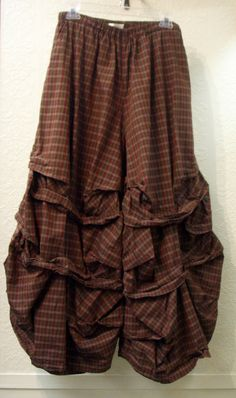 Designer: Krista Larson 100% Plaid Acorn Cotton Broadcloth Elastic free size waist Gathered legs Long Stormy Pants