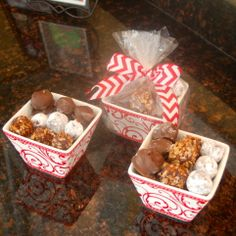 Homemade dark chocolate truffles for your loved one? Yummy and easier than I could have ever imagined! Dark Chocolate Truffles, Truffle Recipe, Desserts To Make, Holiday Fun, Valentines, Sweets, Homemade Chocolate, Breakfast, Easy