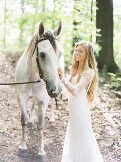 Bruidsjurk bohemien model romantisch kant met lage open rug