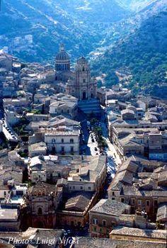 #Ragusa, città barocca con elementi gotici, area Iblea, Sicily