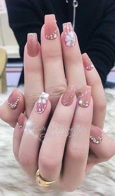 9 Nail Art Mariage Vintage Pour Brides Pour Look Classy Nail Swag, Rose Nails, My Nails, Vintage Wedding Nails, Nail Art Designs, Manicure, Artificial Nails, Nail Decorations, Beautiful Nail Art