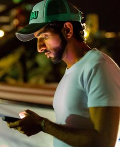 Sheikh Hamdan bin Mohammed bin Rashid Al-Maktoum, Crown Prince of Dubai Prince Crown, Royal Prince, Dubai, Beautiful Men Faces, Beautiful Moments, Diana Spencer, Royal Family Pictures, Handsome Arab Men, Prince Mohammed