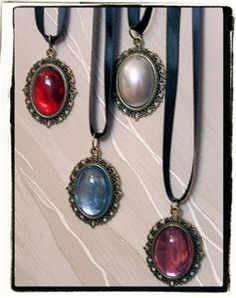 Renaissance jewelry Classic Gothic Choker Necklace