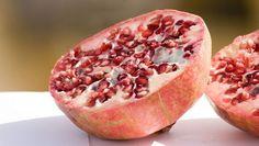 Le proprietà del melograno in 5 ricette facili per salute e bellezza
