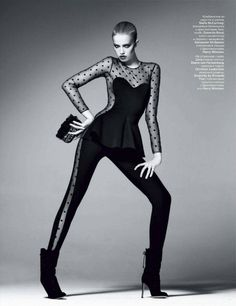 Hailey Clauson by Terry Tsiolis for Vogue Russia September fashion editorial, fashion, pose, model High Fashion Poses, Fashion Model Poses, Fashion Models, Fashion Shoes, Fashion Dresses, Model Poses Photography, Editorial Photography, Vintage Photography, Creative Photography