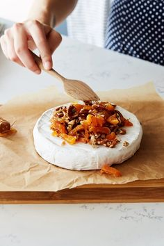 Reese Witherspoon's Baked Brie Recipe Is the Easiest Party Trick Ever - Our favorite Southern belle and star, Reese Witherspoon, has written the book of our dreams: Whiskey in a Teacup. She dishes on Southern style, parties, and Brie Cheese Recipes, Baked Brie Recipes, Fruit Appetizers, Appetizer Recipes, Burger Recipes, Baked Brie Appetizer, Reese Witherspoon, Antipasto, All You Need Is