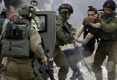 Soldiers Kidnap A Palestinian In Beit Ummar - International Middle East Media Center