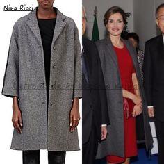 Para la ocasión ha vestido un abrigo de Nina Ricci en color gris, que estrenó el mes de abril (2015) durante la Entrega de las Becas de La Caixa en Barcelona.