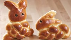 Osterhasen aus Hefeteig flechten   Zeitlos-Brot