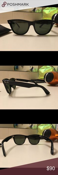 Ray-Ban sunglasses Like new ! Comes with a case. Black, shiny finish, not polarized, authentic Ray-Ban wayfarer sunglasses. No visible signs of ware, only worn a few times. Ray-Ban Accessories Sunglasses