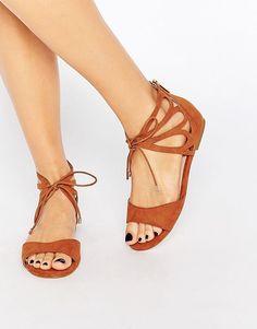 Bild 1 von Carvela – Bali – Flache Sandale mit Fesselschnürung