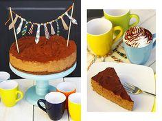 A mogyorókrémes tortánk! Vékony kekszréteg, azon pedig egy hatalmas csokis-mogyorós mousse, megszórva kakaóporral, és már látjuk is magunk előtt, ahogy minden gyerek arca csokibajszos lett a születésnapi zsúron! :)
