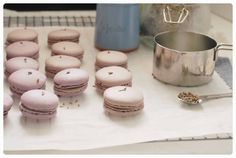 honey and lavender macarons
