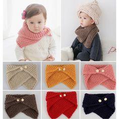 Tour de cou en laine maillée souple, idéal pour les enfants car s'enfile et ne tombe pas à l'inverse des écharpes qui on tendance...