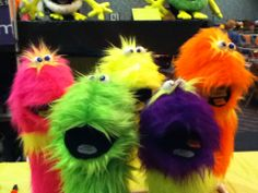 the fuzzbodtz puppets www.lspuppets,com