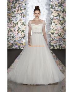 robe de mariée tulle col coeur manches perlées