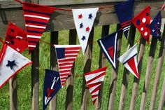 Google Image Result for http://www.chicaandjo.com/wp-content/uploads/2009/06/fourth_of_july_felt_pennants_14.jpg