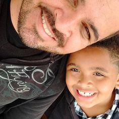 Filho presente que ganhamos de Deus, cuidamos, ensinamos, mostramos o caminho que se deve andar. Para lá no futuro recebemos a recompensa. E dizer. VALEU A PENA.  Eu e meu filho Anthony Isaac.  #BOANOITE #boanoitte #boatarde #boatardee #paiefilho #amordepai #bomdia #bomdiaa #paibabao #papaizao #filhao #amordepai #amovoceFilho #anthony  #leanndroallves #anthonyIsaac  #eumedesenvolvoeevoluocommeufilho #pai #filho #minhacópia #Itaquaquecetuba #itaqua #itaquacity #instagram #family