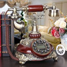 European retro vintage antique telephones Tian old home office corded telephone creative telephone , A Antique Phone, Antique Clocks, Rare Antique, Telephone Retro, Retro Vintage, Vintage Items, Parlor Room, Vintage Phones, Old Phone
