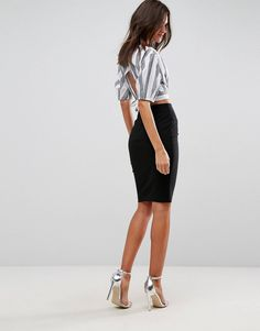Shop the latest ASOS DESIGN high waisted pencil skirt trends with ASOS! High Waisted Pencil Skirt, Pencil Skirt Black, Fashion Online, Latest Trends, Asos, Skirts, How To Wear, Shopping, Closet