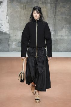 Low Waisted Elegance - Marni