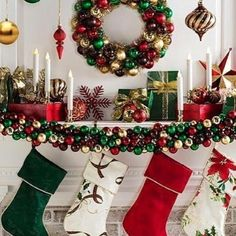 100 Best Christmas mantel decorations that glisten with an aesthetic élan - Hike n Dip Big Christmas Tree, Traditional Christmas Tree, Christmas Fireplace, Beautiful Christmas Trees, Farmhouse Christmas Decor, Christmas Mantels, Rustic Christmas, Christmas Home, Christmas Decorations