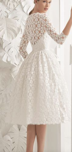 Ideas Vintage Wedding Dress With Sleeves Rosa Clara Rosa Clara Wedding Dresses, Bridal Dresses, Wedding Gowns, Wedding Lace, Bridesmaid Gowns, Wedding Vintage, Lace Weddings, Short Dress Wedding, Green Wedding