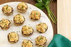 Serve our Double-Cheese Stuffed Mushrooms fresh out of the oven for the best results. These stuffed mushrooms include onions, crackers and two cheeses. Finger Food Appetizers, Finger Foods, Appetizer Recipes, Party Recipes, Party Appetizers, Yummy Appetizers, Healthy Cooking, Cooking Recipes, Healthy Recipes