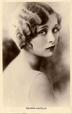 Dolores Costello, Silent Film actress, grandmother of Drew Barrymore. Dolores Costello, Marcel Waves, Finger Wave Hair, Finger Waves, Finger Curls, Moda Charleston, 3 4 Face, Stylish Hair, Silent Film