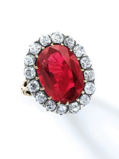 This superb ruby & diamond ring was part of the personal collection of the last Queen of Italy, Maria-José (1906-2001). When the young, clever & attractive Belgian Princess Marie-José married the Prince of Piedmont, future Umberto II in 1930, she received jewellery inherited from the fabulous private collection of his grandmother, Queen Margherita. This ring was a gift from the scholar & bibliophile, Tammaro de Marinis to mark a long friendship, based on a shared passion for art & history.
