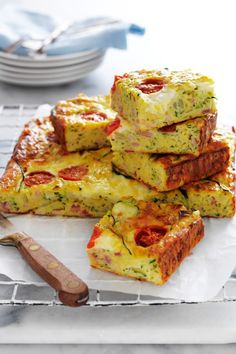 Bacon Zucchini, Zucchini Slice, How To Cook Zucchini, Egg Recipes, Great Recipes, Cooking Recipes, Favorite Recipes, Dinner Recipes