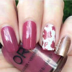 Stunning Autumn manicure by @MelCisme using our Autumn Leaf Nail Stencils found at snailvinyls.com