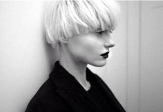 Used to wear this cut about a year ago, it's the most awesome cut ever!