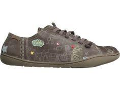 Modelli TWS disponibili in versione sneaker testa di moro, abbellita con disegni colorati. TWS in pelle a concia vegetale.