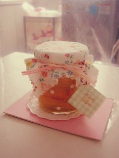 農家女 Nong Jia Nu: 包•裹日记1 - so cute, love the dots on the jar!