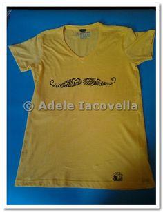 © Adele Iacovella 2014-2015 moustache | DekaColours&Cotton handpainted t-shirt