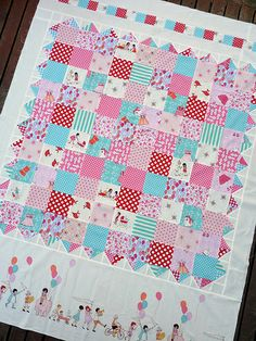 Fabric designed by Sarah Jane, quilt by Red Pepper Quilts