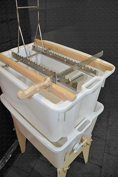 entdeckelungsgeschirr selber basteln nachdem entdeckelungsgeschirre zum honigwaben entdeckeln im. Black Bedroom Furniture Sets. Home Design Ideas
