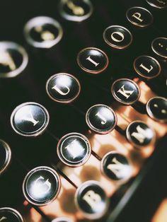 Typewriter Keys TUH13