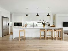 """Minimalist can be about getting fresh and funky too. """"Loving this fresh and funky kitchen design from which features our trendy Vivid Slimline Oval Sink Mixer in classic Chrome! Funky Kitchen, Home Decor Kitchen, Kitchen Living, Kitchen Interior, New Kitchen, Home Kitchens, Küchen Design, Design Layouts, House Design"""