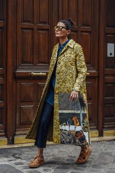 October 2, 2016 Tags Sunglasses, Paris, Blue, Jeans, Denim, Giovanna Battaglia, Gold, Valentino, Women, Prints, Florals, Camouflage, Sneakers, Coats, Rings, Graphics, Shirts, Textured, 1 Person, Buns, SS17 Women's